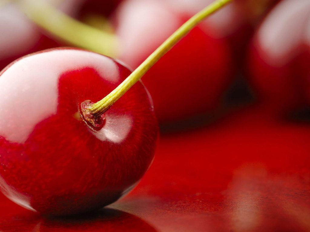 Красивые и прикольные картинки вишни - подборка изображений 9