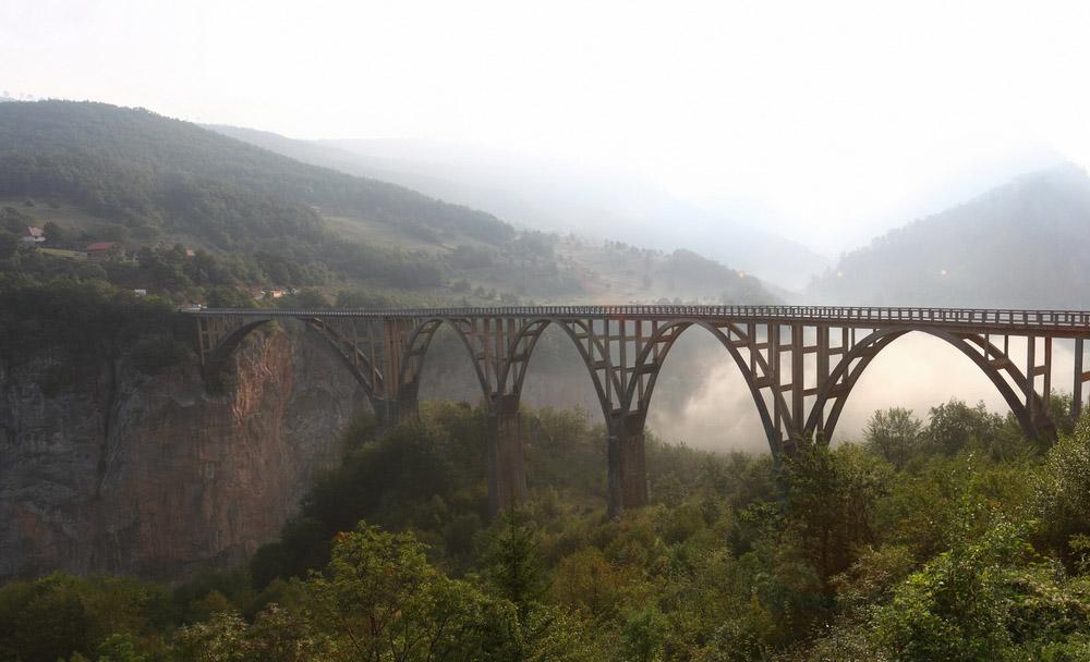 Мост через реку - красивые и удивительные картинки, фото 1
