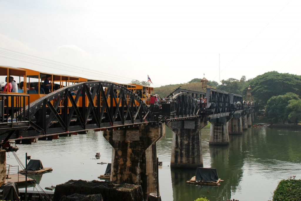 Мост через реку - красивые и удивительные картинки, фото 6