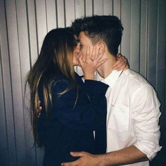 Девушка и парень целуются - красивые картинки и фото 20 штук 4