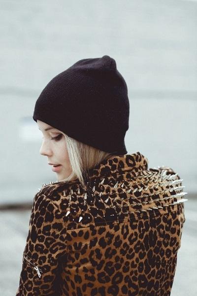 Классные картинки и фотки в шапке на аву, аватарку - подборка 8