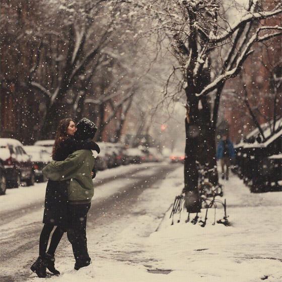 Красивые картинки влюбленной парочки в Новый год - подборка 4