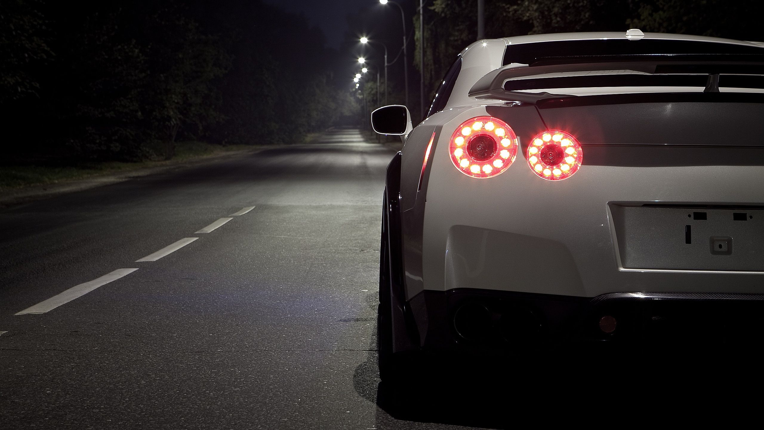 Невероятные и красивые обои, картинки - Nissan GT-R 17
