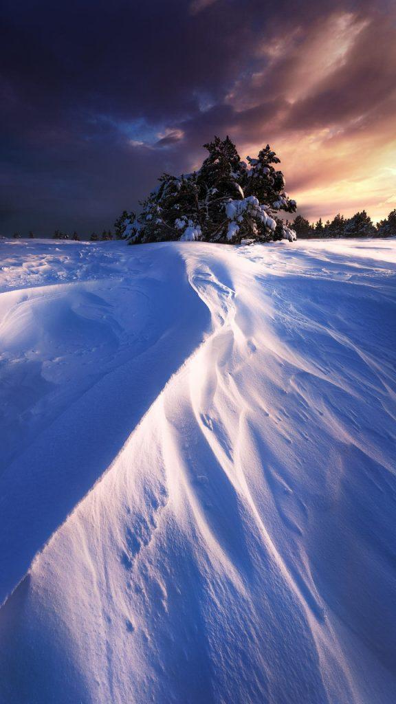 Самые лучшие и топовые зимние заставки на телефон - подборка 18