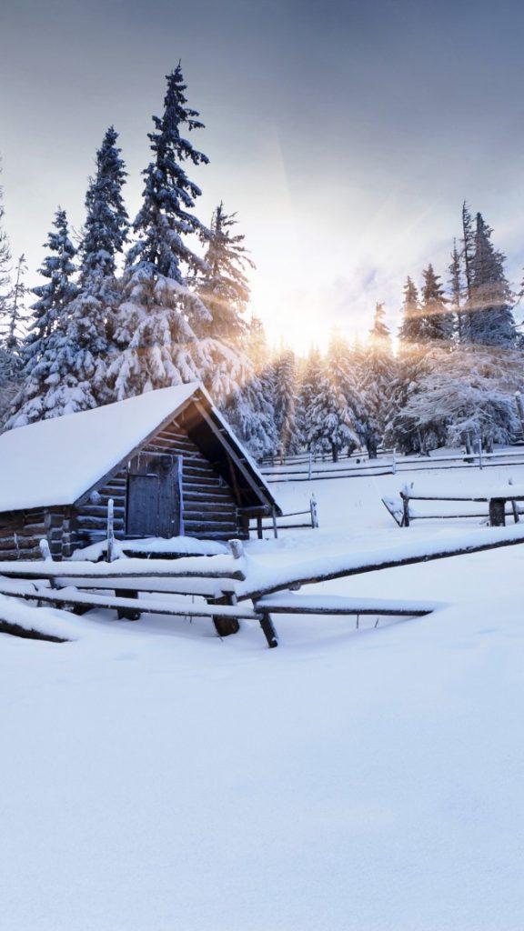 Самые лучшие и топовые зимние заставки на телефон - подборка 5