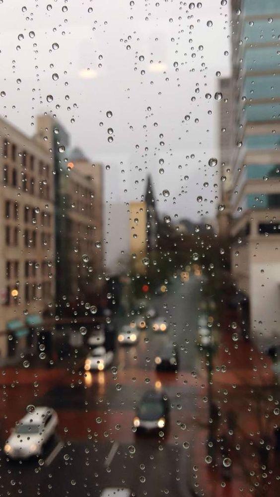Красивые и удивительные картинки дождя для заставки - подборка 1