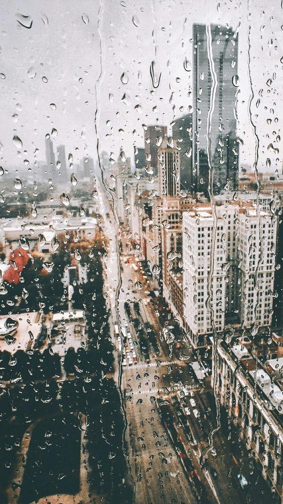 Красивые и удивительные картинки дождя для заставки - подборка 10