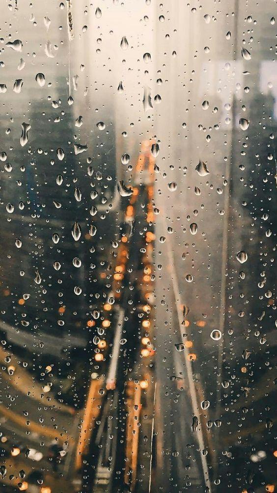 Красивые и удивительные картинки дождя для заставки - подборка 17