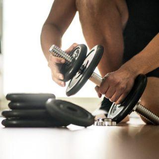 Что лучше - тренировка со свободными весами или на тренажерах 2