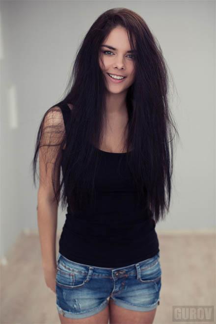 Красивая девушка брюнетка - фото и картинки, красивая подборка 10