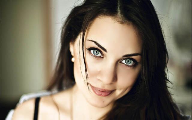 Красивая девушка брюнетка - фото и картинки, красивая подборка 2