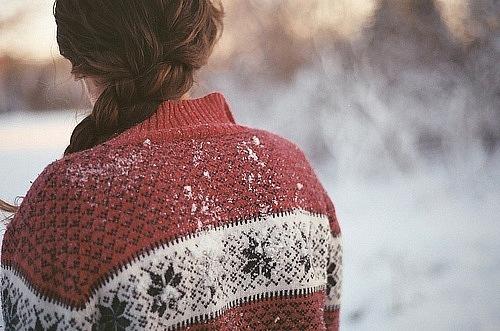 Фото девушек зимой со спины 16