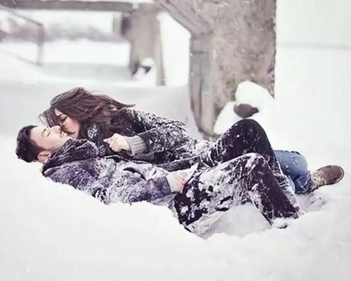 Фото девушек зимой со спины 5
