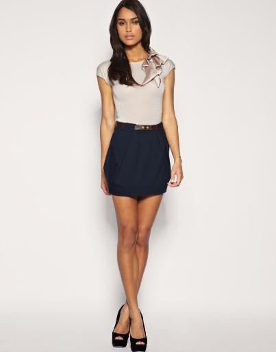 Девушки в мини юбках фото, красивые девушки в мини юбках 25