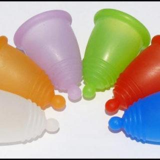 Как пользоваться менструальной чашей, правила использования