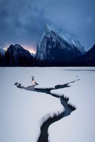 Зимние картинки на телефон - красивые, прикольные скачать бесплатно 24