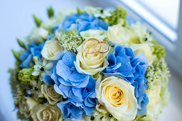 Красивые букеты из живых цветов - фото, картинки, удивительные 1