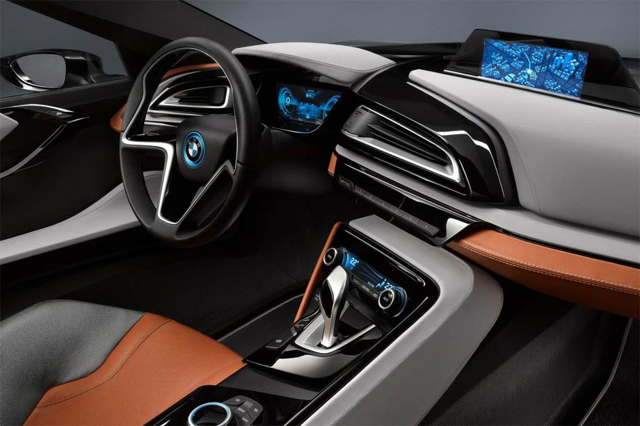 BMW i8 - красивые фото, картинки и фото салона автомобиля 10