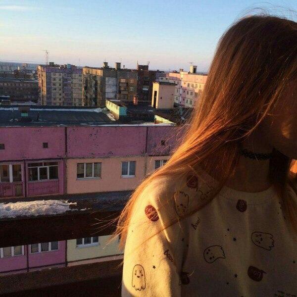 Интересные и красивые картинки на аватарку для девушек 17