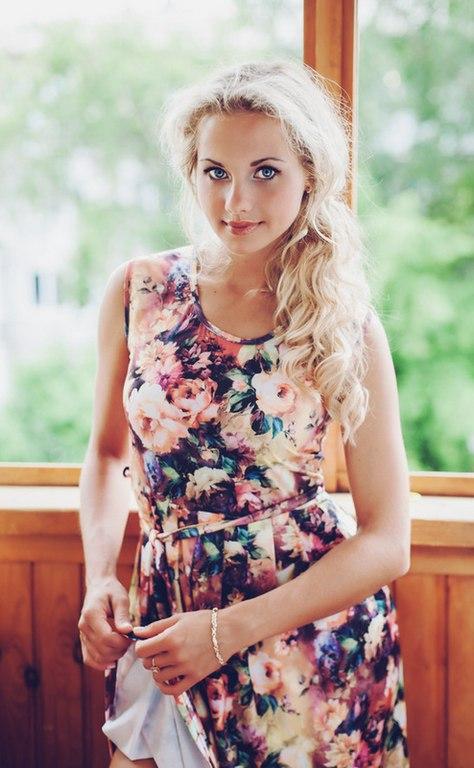 Красивые и очаровательные девушки из соцсетей 15
