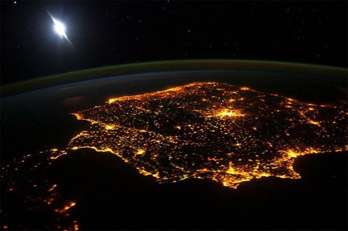 Красивые картинки земли из космоса - для детей, прикольные 7