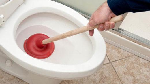 Как прочистить засор унитаза в домашних условиях - быстро и эффективно 3