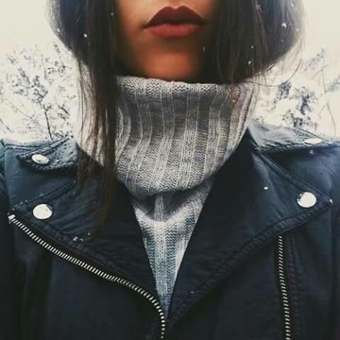 Красивые картинки для аватарки в ВК для женщин - скачать бесплатно 9