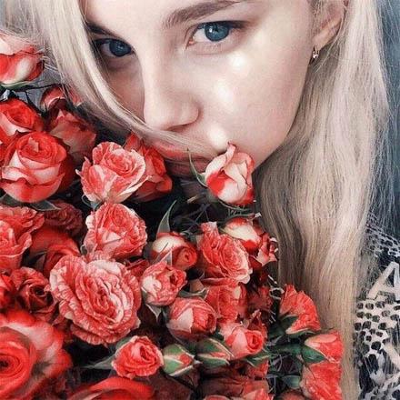 Девушки с цветами на аву - красивые, прикольные, классные, крутые 5
