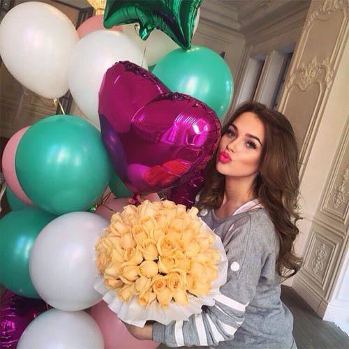 Фото девушек с цветами - красивые, прикольные, удивительные 11