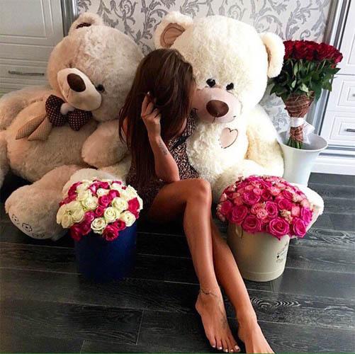 Фото девушек с цветами - красивые, прикольные, удивительные 14