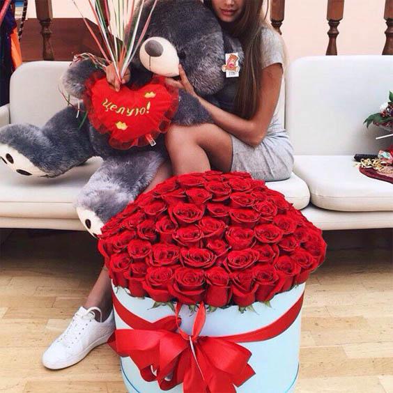 Фото девушек с цветами - красивые, прикольные, удивительные 2