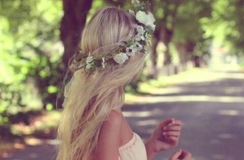 Девушки на аву без лица с цветами - красивые, прикольные, крутые 2