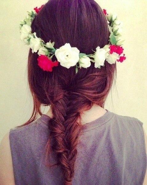 Девушки со спины с цветами на аву - красивые, классные, прикольные 13