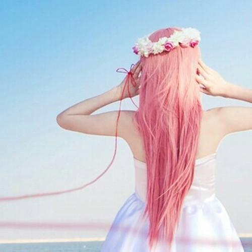 Девушки со спины с цветами на аву - красивые, классные, прикольные 14
