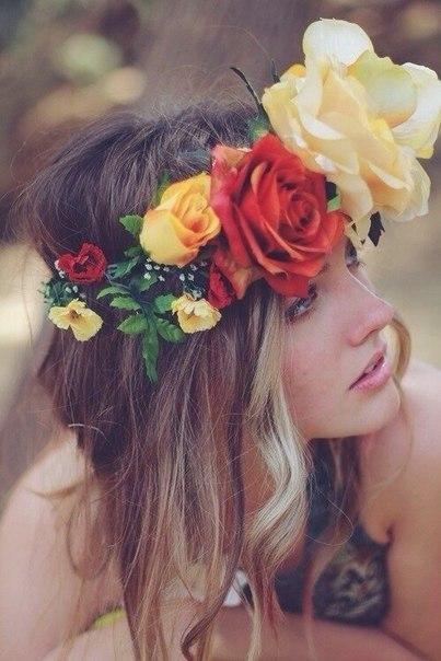 Девушки со спины с цветами на аву - красивые, классные, прикольные 5