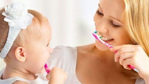Как чистить зубы ребенку в год - эффективные рекомендации и советы 2