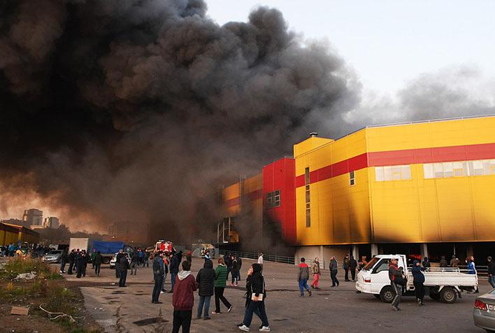Крупный пожар строительного рынка Синдика - новости, информация 6