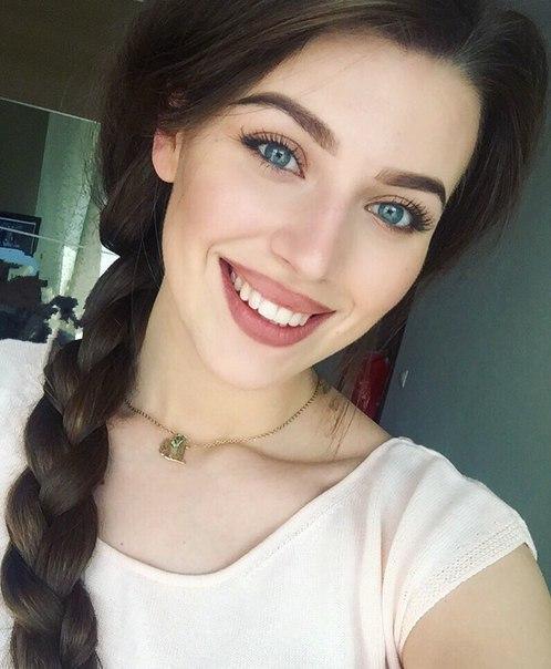 Скачать фото красивых девушек - самые удивительные и милые 11