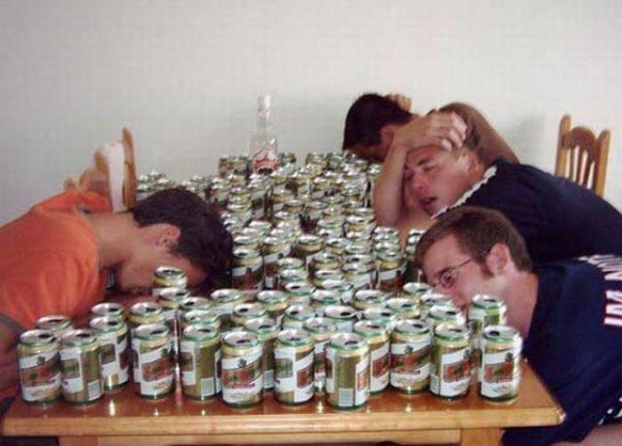 Мое счастье, смешная картинка пьющие друзья
