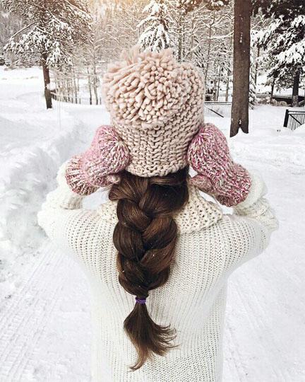 Красивые и удивительные фото девушек на аву зимой - скачать подборку 9