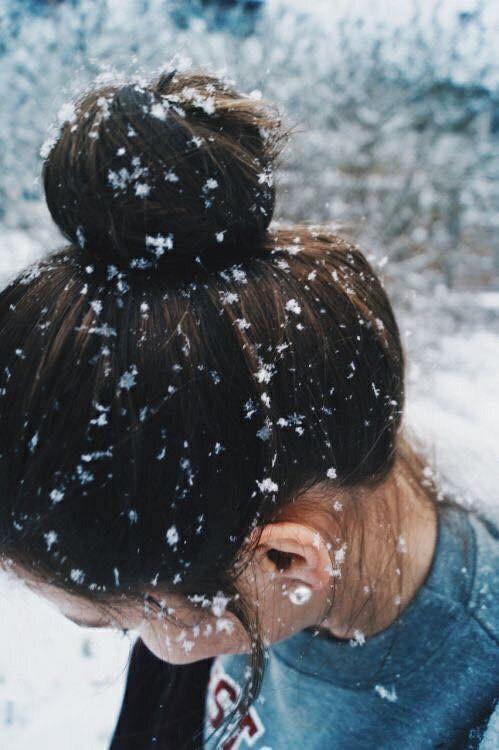 Девушки закрывающие лицо на аватарку - лучшие картинки и фото 2