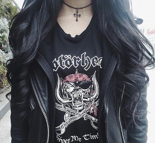 Картинки на аву черные волосы, брюнетки спиной - самые красивые 14