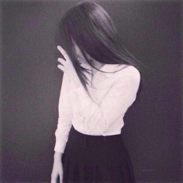 Картинки на аву черные волосы, брюнетки спиной - самые красивые 15
