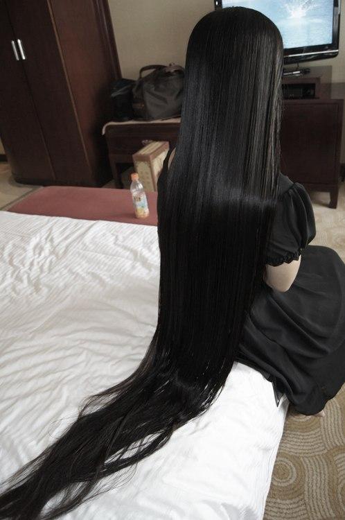 Картинки на аву черные волосы, брюнетки спиной - самые красивые 4