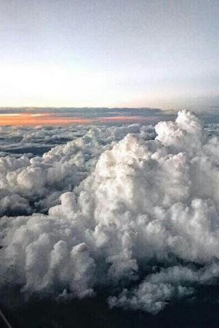 Скачать бесплатно картинки неба на телефон - самые красивые и крутые 10