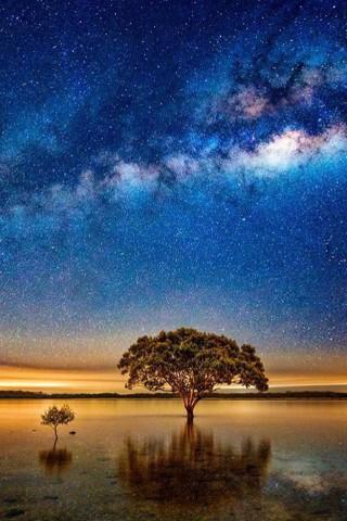 Скачать бесплатно картинки неба на телефон - самые красивые и крутые 15