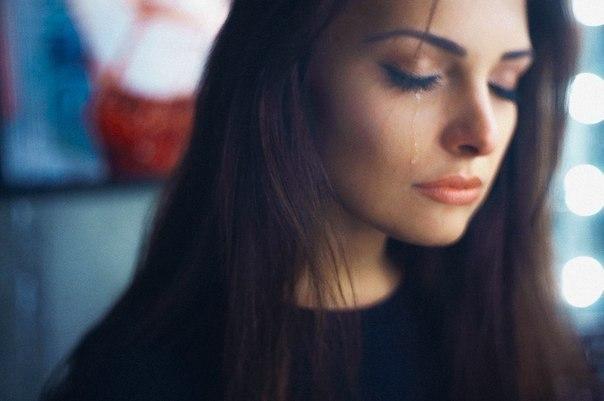 Грустные и красивые картинки слезы на аву - самые лучшие и интересные 2