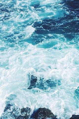 Красивые и прикольные картинки моря на телефон на заставку 1