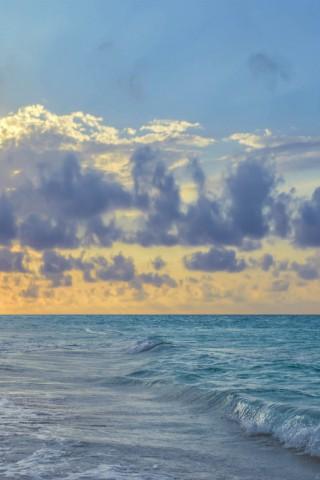 Красивые и прикольные картинки моря на телефон на заставку 15