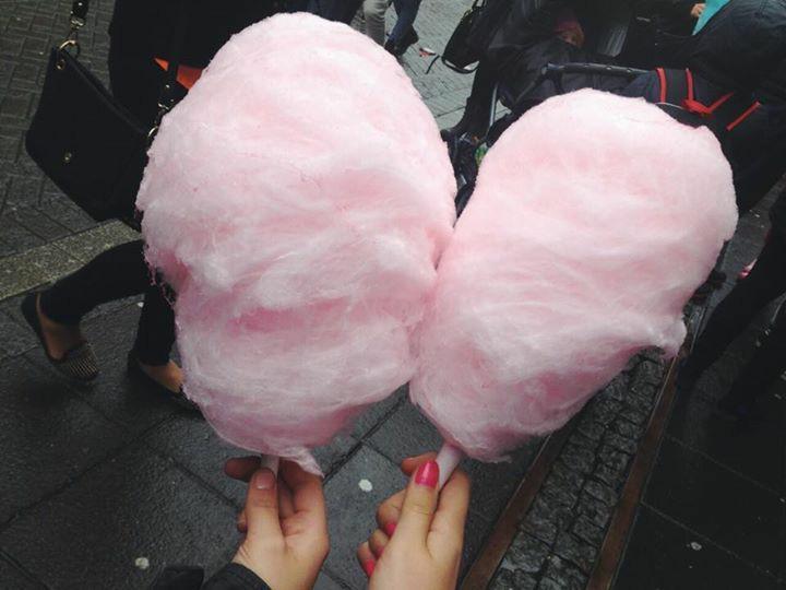 Красивые картинки сладостей и девушек на аватарку - подборка 1